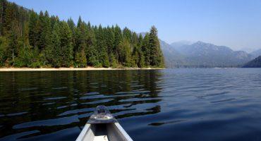 paddling-christina-lake-gladstone-provincial-park